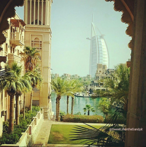 Al Qasr Outside